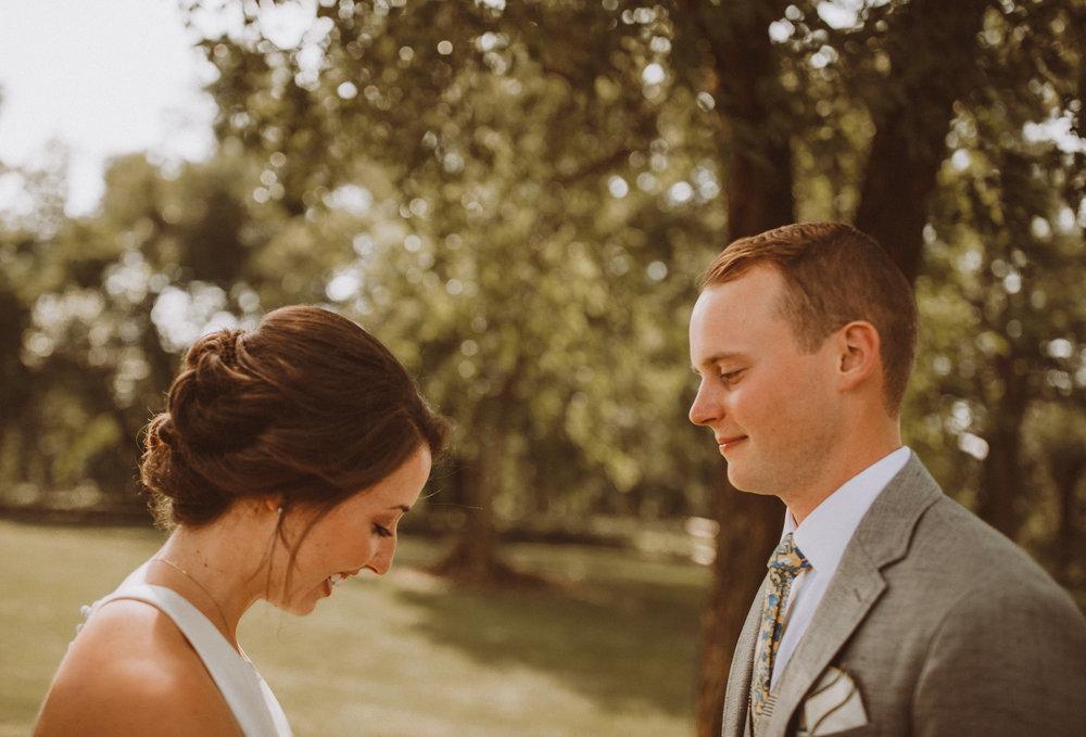 kansas city barn wedding -52.jpg