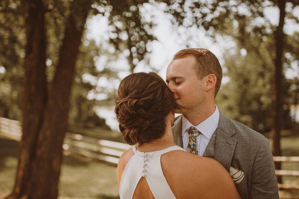 kansas city barn wedding -53.jpg