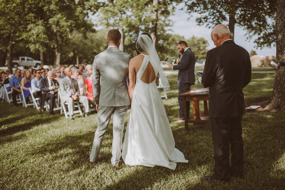 kansas city barn wedding-93.jpg