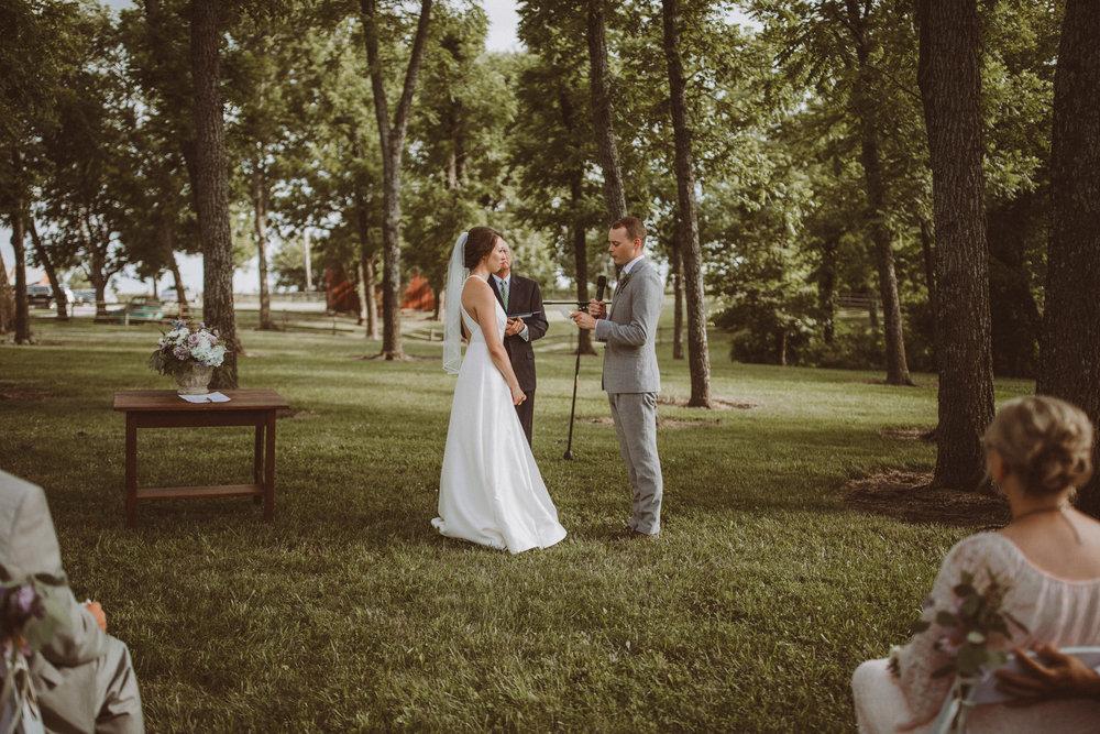 kansas city barn wedding-97.jpg