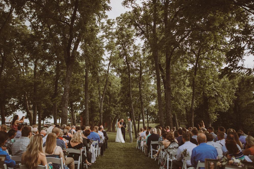 kansas city barn wedding-99.jpg
