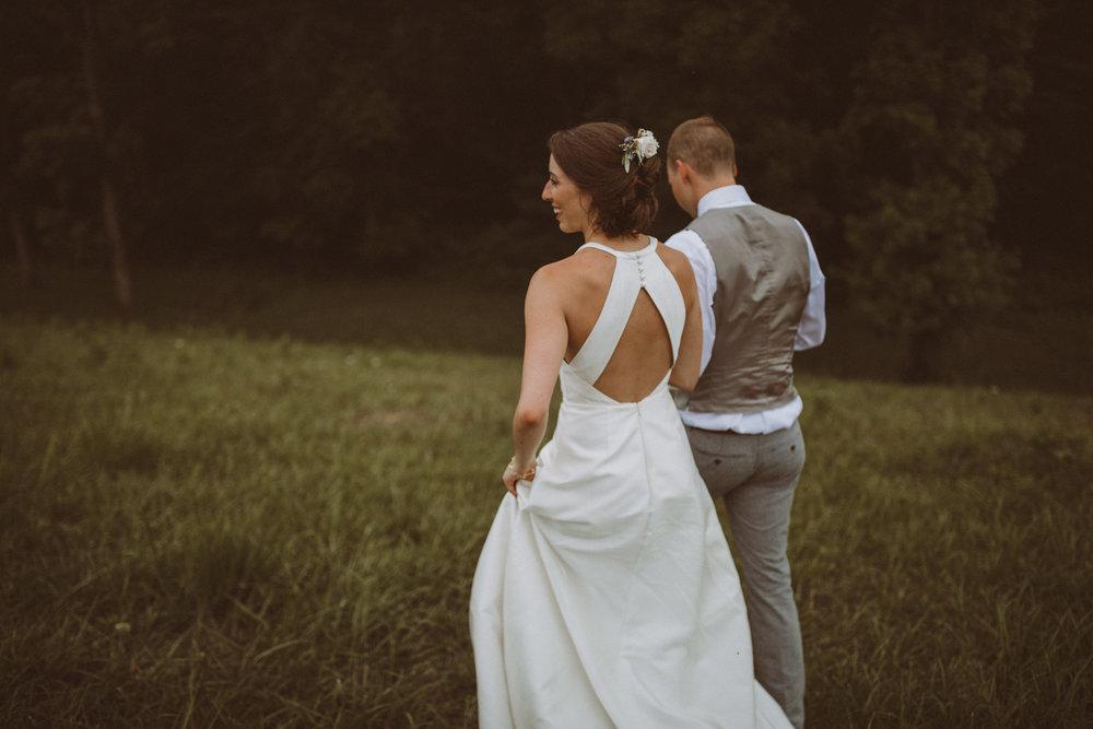 kansas city barn wedding-128.jpg