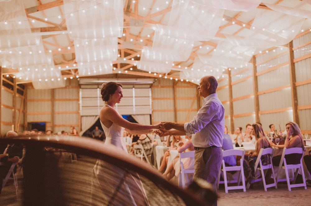 kansas city barn wedding-140.jpg
