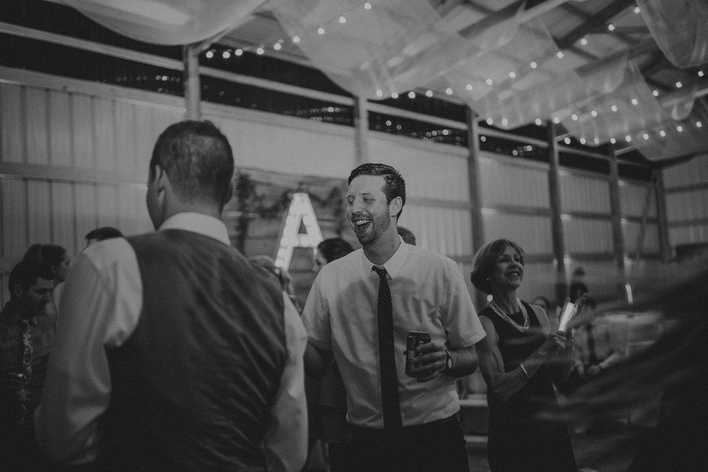 kansas city barn wedding-146.jpg