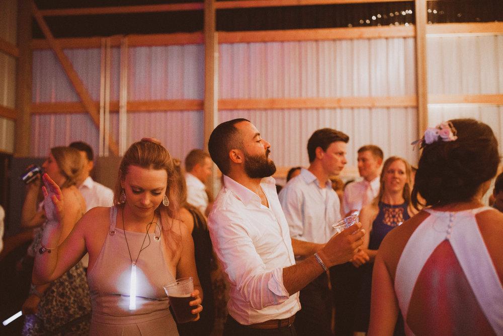 kansas city barn wedding-147.jpg