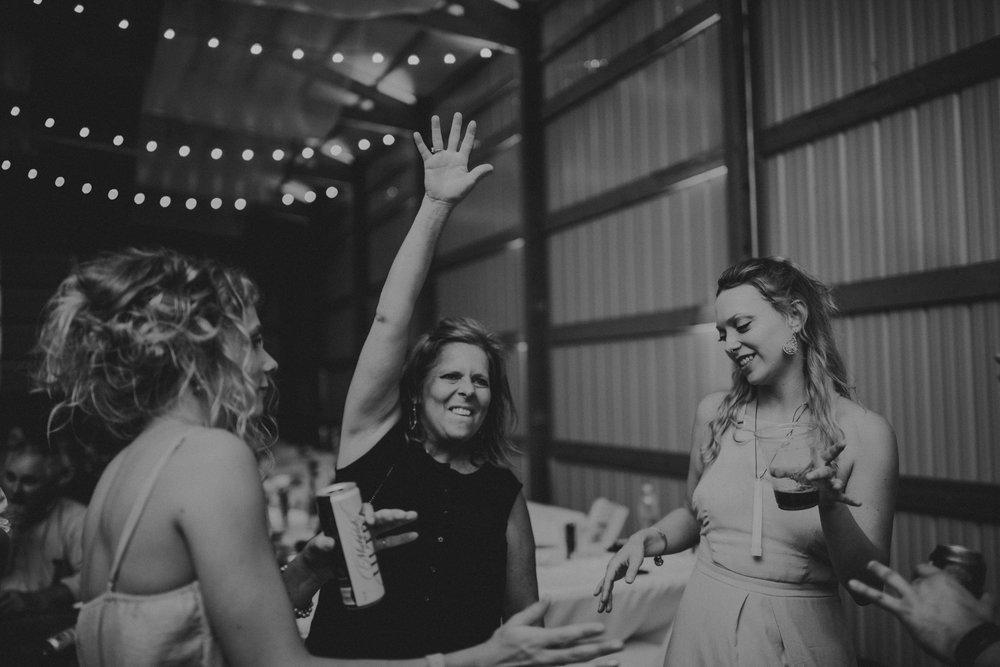 kansas city barn wedding-161.jpg