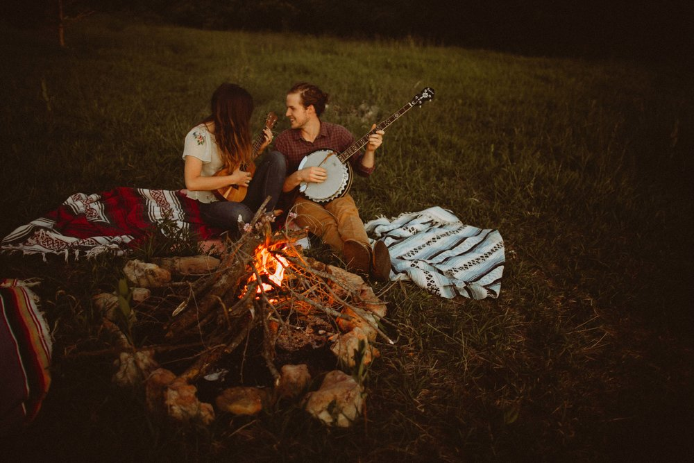 colorado campfire engagement session (20 of 36).jpg