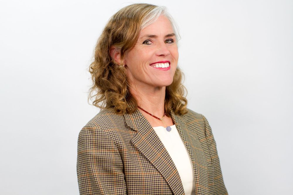 "Kat Taylor,  CEO, Beneficial State Bank    Kat's life has been dedicated to serving social justice and environmental health. Kat is active in a variety of social business, public benefit and philanthropic ventures in the San Francisco Bay Area. Currently, she serves as CEO of Beneficial State Bank ,  a Community Development Financial Institution whose mission is to bring beneficial banking to low-income communities in an economically and environmentally sustainable manner. Beneficial State Bank is the result of a merger between OneCalifornia Bank, which Kat and her husband, Tom Steyer, founded in Oakland, CA, and ShoreBank Pacific, with offices in Oregon and Washington. The bank's revolutionary ownership design means that its profits be invested in the communities it serves.    Kat is also a Founding Director of TomKat Ranch Educational Foundation (TKREF) dedicated to sustainable food production through ranching, tours, research, and school lunch and garden programs. TKREF owns the social business LeftCoast GrassFed, which raises cattle in ways good for people and planet. Kat serves and has served on many non-profit boards including the Harvard Board of Overseers,   Good Samaritan Family Resource Center  ,   Insight Prison Project  ,   KQED  , Co-Chair of ""Building the New   CuriOdyssey   Campaign"", and   Yerba Buena Center for the Arts  . She graduated from Harvard College and earned a JD/MBA from Stanford."