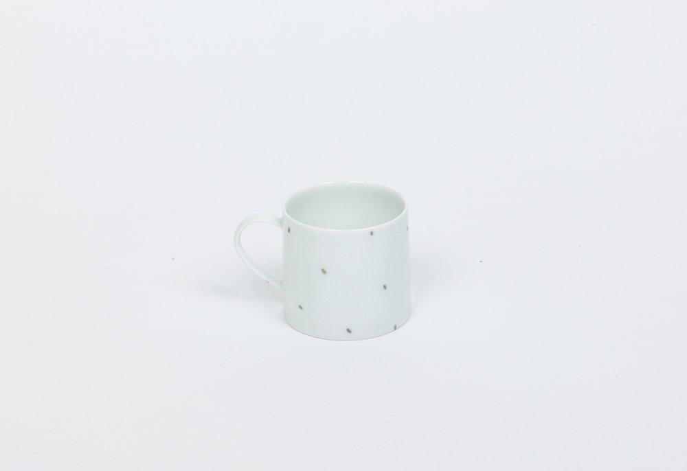 49a-c.White Porcelain Cup (2)