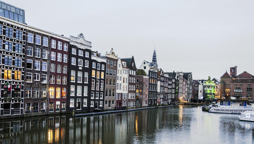 Amsterdam_2_Flat.jpg