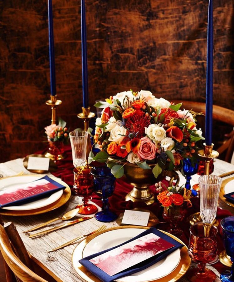 The New Romance Fall Tablescape