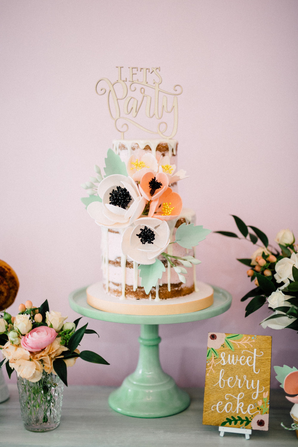 Floral naked cake - Bun In The Oven Baby Shower (Style Me Pretty & SMP Living)
