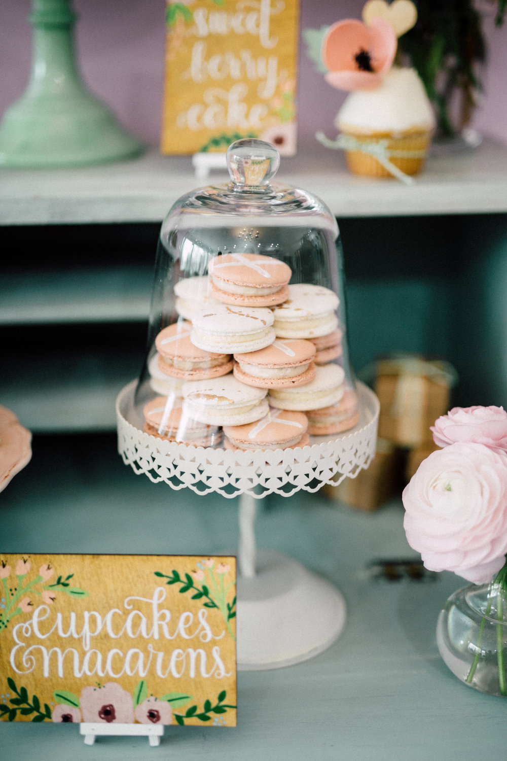 Hot cross bun macarons - Bun In The Oven Baby Shower (Style Me Pretty & SMP Living)