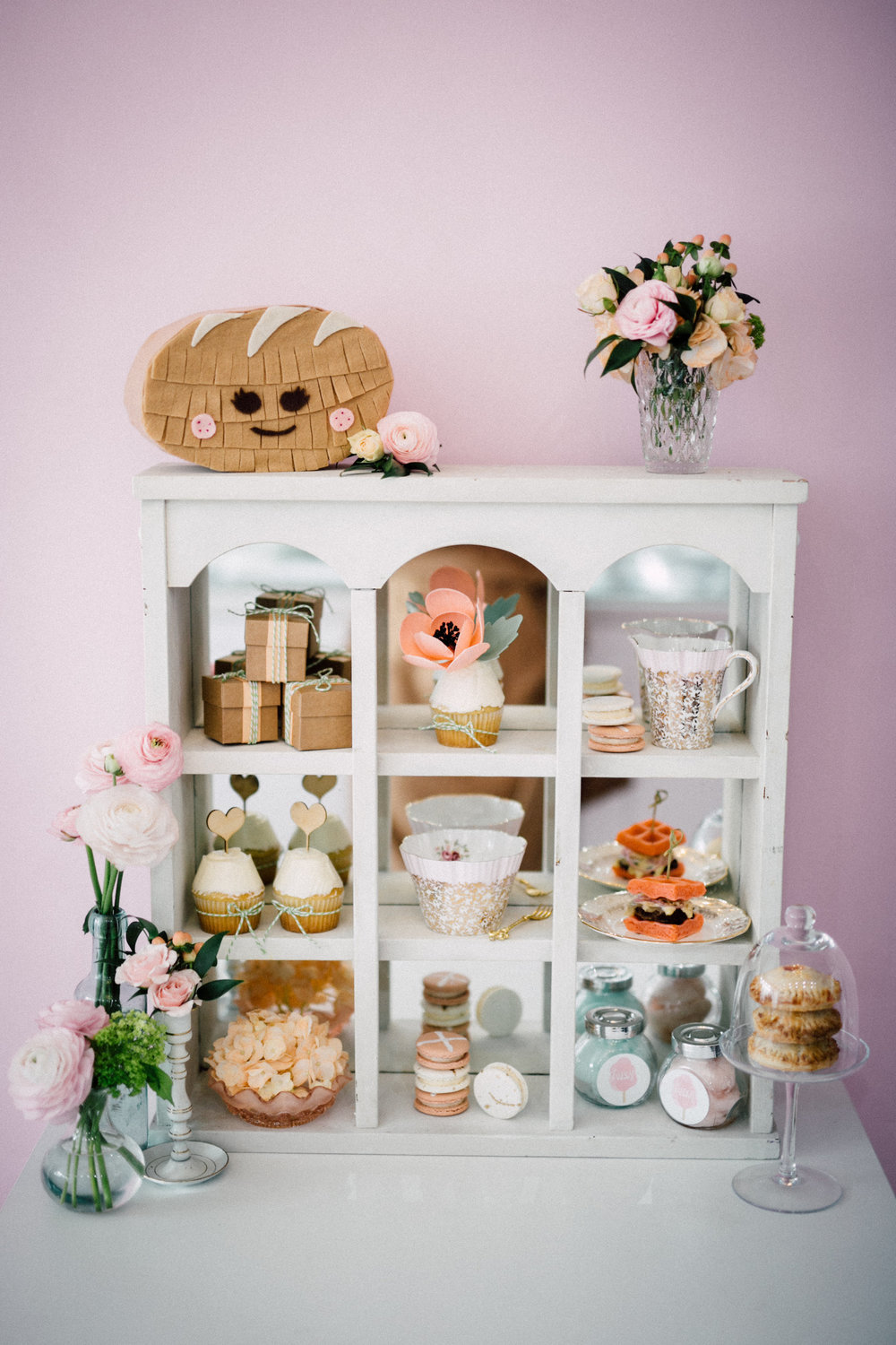 Favour shelf - Bun In The Oven Baby Shower (Style Me Pretty & SMP Living)