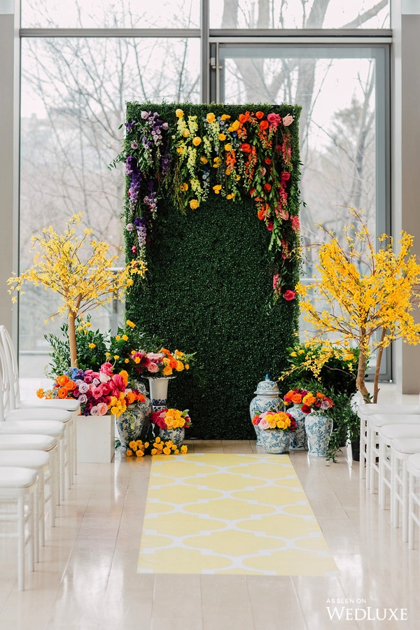 Colourful garden ceremony - Dreaming of Oscar (Wedluxe)