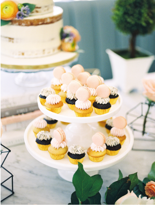 Mini marcaron cupcakes - A Parisienne Inspired Brunch Wedding (Style Me Pretty)