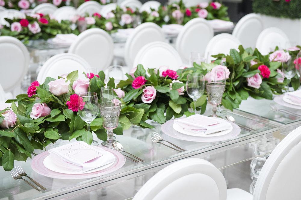 Garden reception - Dior Darling (Wedluxe)