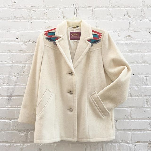Golden vintage wool southwestern style jacket size 6/8 medium $79 #thatpoorgirlvintage #shoplocaljax #jaxsmallbusiness #jaxfl #jaxvintage #vintageshop #floridavintage #vintagestyle #wool #southwestern #western #south #cactus #cacti #70s #70sbabe