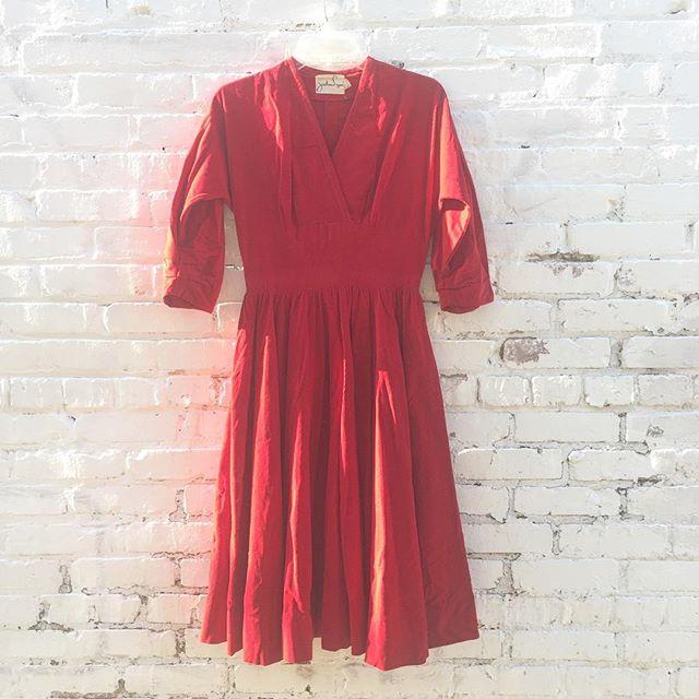Gorgeous 1950's Jonathan Logan corduroy dress with full skirt and gathered 3/4 sleeves ❤️🎈💘👠💋💄 size 2 $49 #thatpoorgirlvintage #shoplocaljax #jaxfl #jaxsmallbusiness #riversidejax #jacksonville #vintageshop #vintage #vintageshoes #vintageclothes #jonathanlogan #vintagedress #corduroy #valentines #valentinesday #vday #fullskirt #1950s #50s