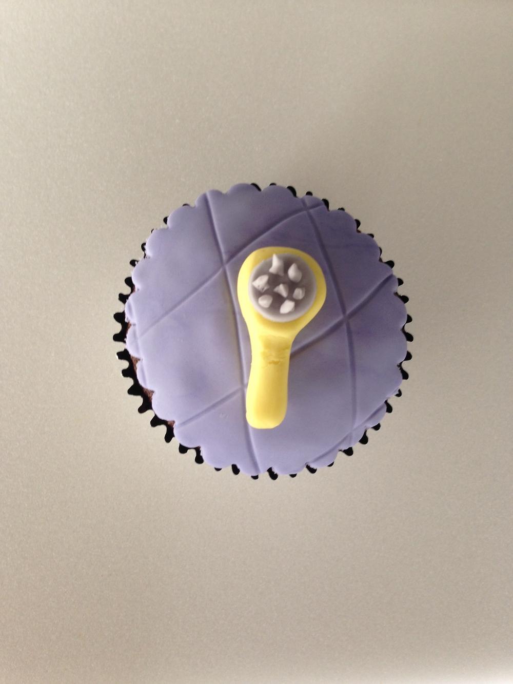 Hairbrush Cupcake