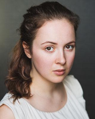 Hetty Elliot - as Masha