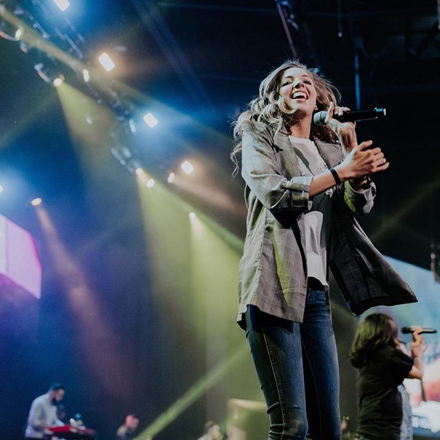 CONFERENCE 2 WAS SOOOO GOOD. What was your favorite part of Radiant 2019!? Tag us in your stories + posts! #EyesWideOpen #MyRadiantStory