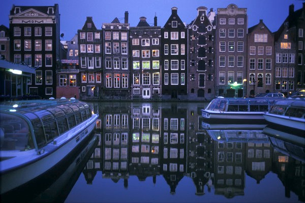 amsterdam-by-joan-costa.jpg