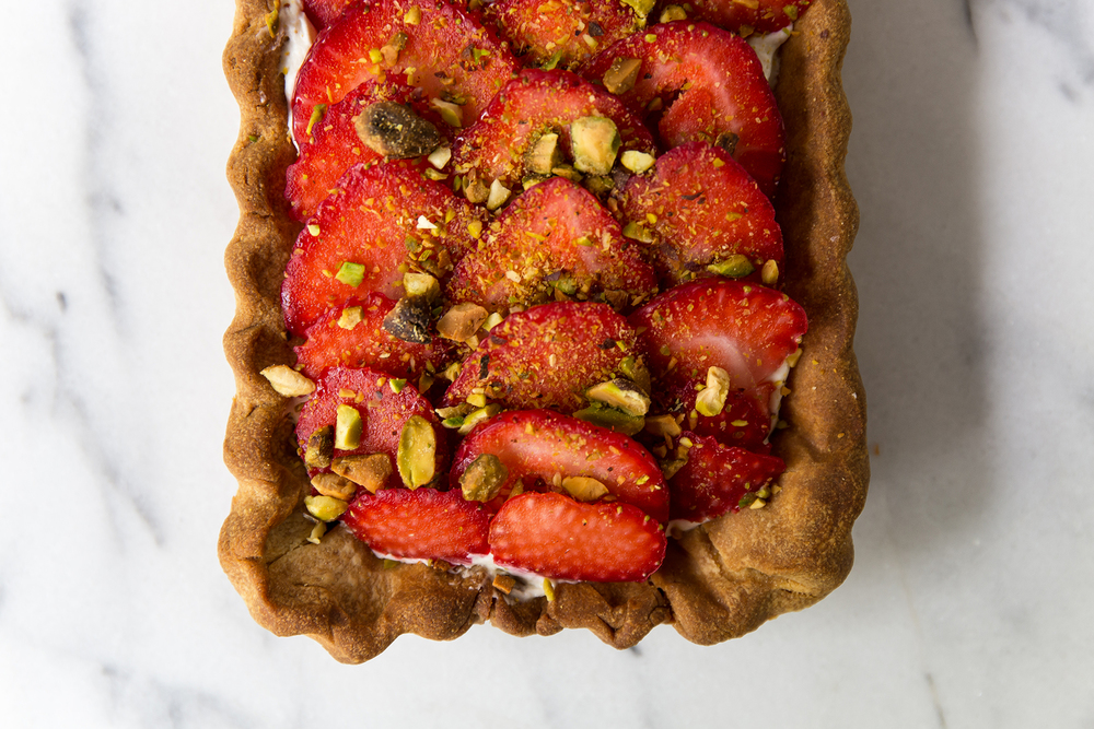 Strawberrycreamtart01_creditCarlyDiaz.jpg