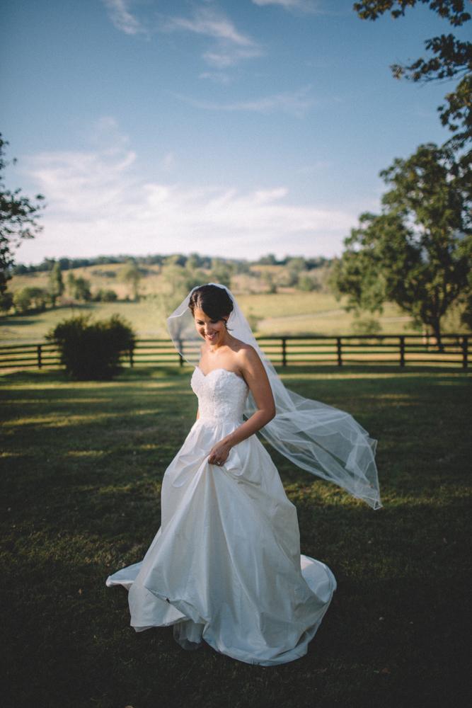 Sam_Stroud_Photography_Wedding_Photography_Marriott_Ranch_Virginia.jpg-24.jpg