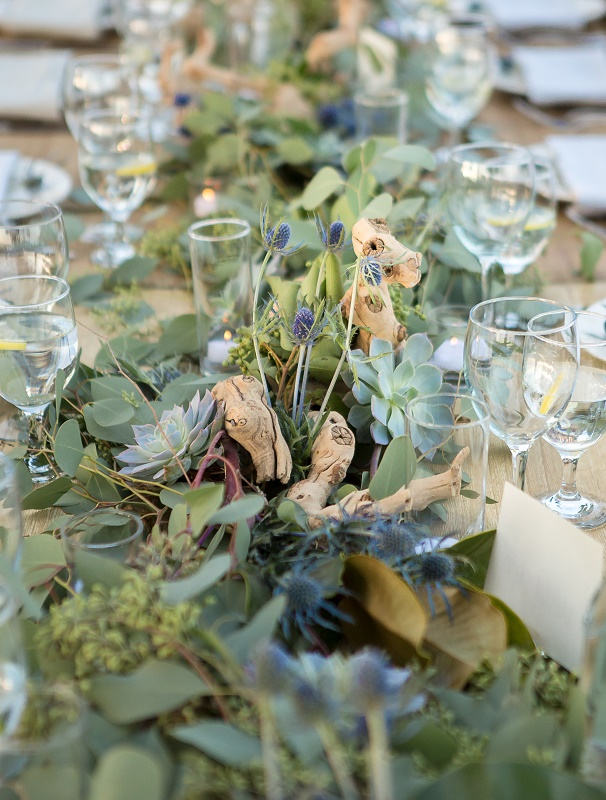 Centerpiece Detail.jpg