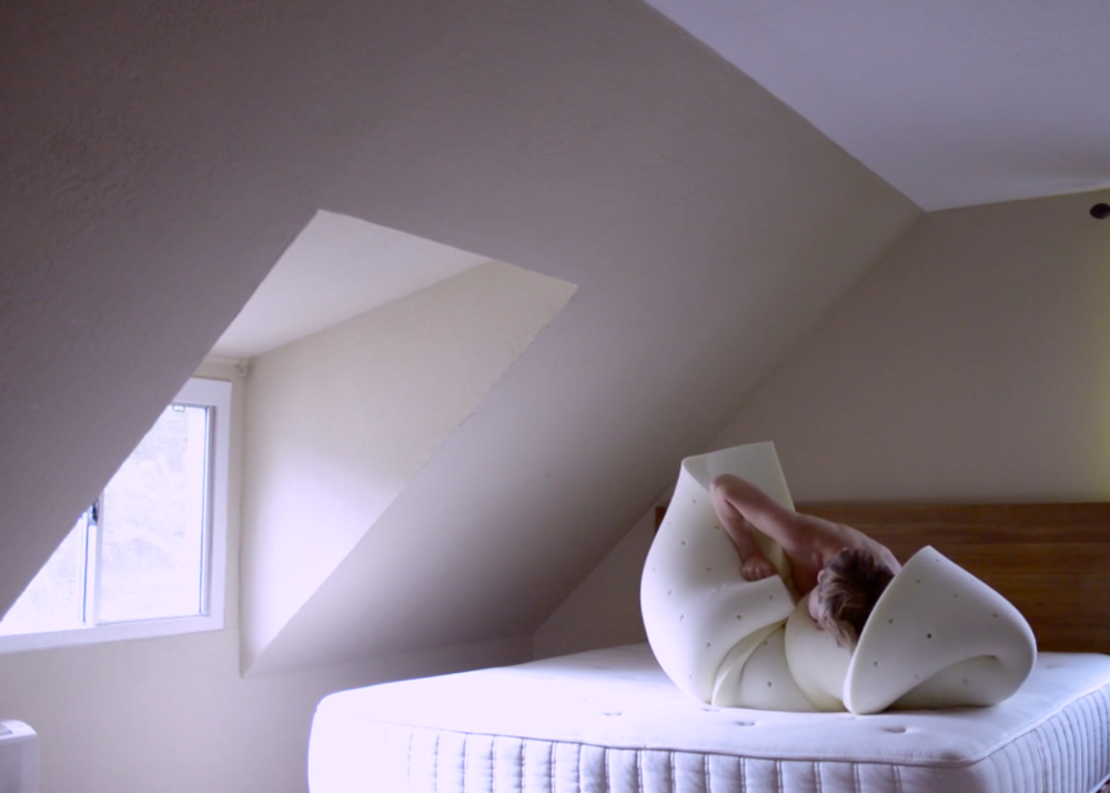 Angela Willets, Memory Mattress Minimalism (video still), 2016