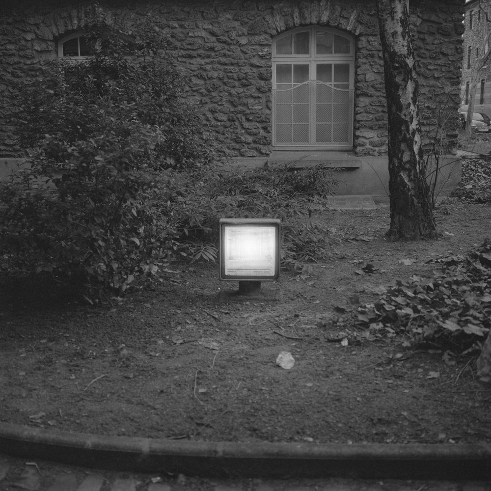 bw_squarelight_m.jpg