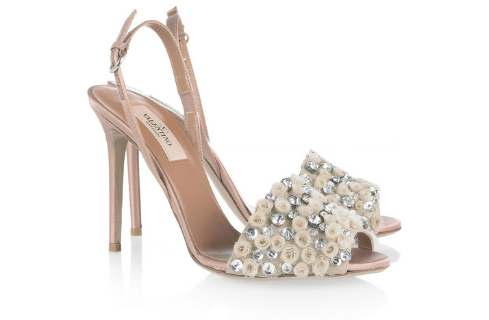 blush-bridal-shoes-Valentino.png