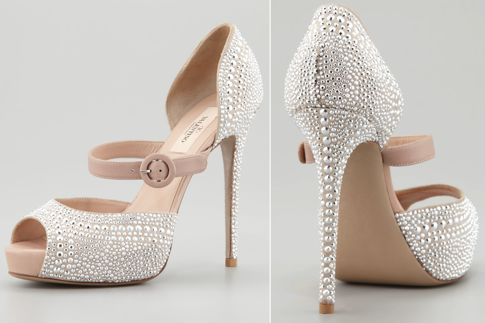 silver-studded-wedding-shoes-by-valentino.original.png