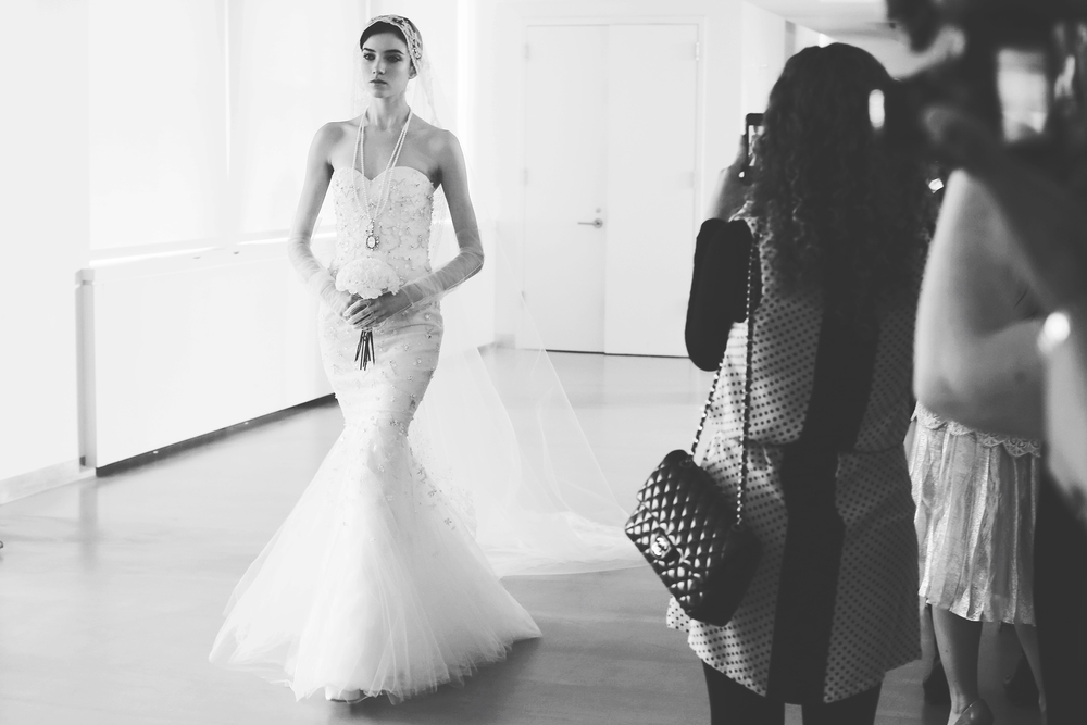 oscar-de-la-renta-bridal-spring-2014-wedding-dresses-30.original.jpg