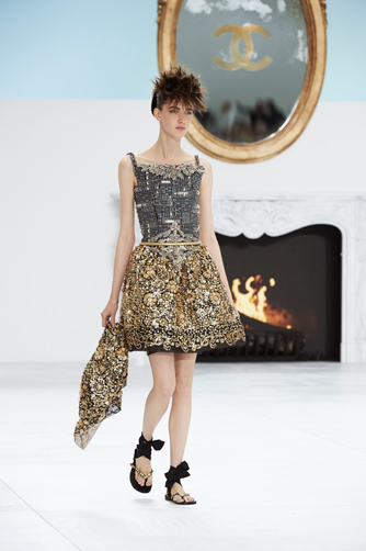 chanel-fall-winter-2014-15-haute-couture-looks-19.jpg