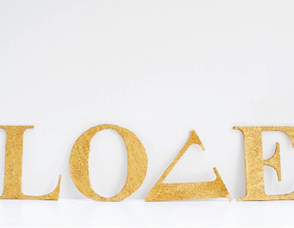 diy-gold-glitter-letters1.jpg