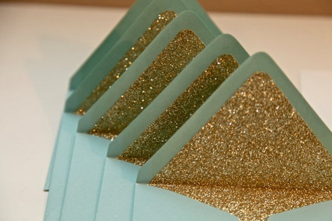 DIY-Glitter-Wedding-Ideas-Inspiration-04.jpg