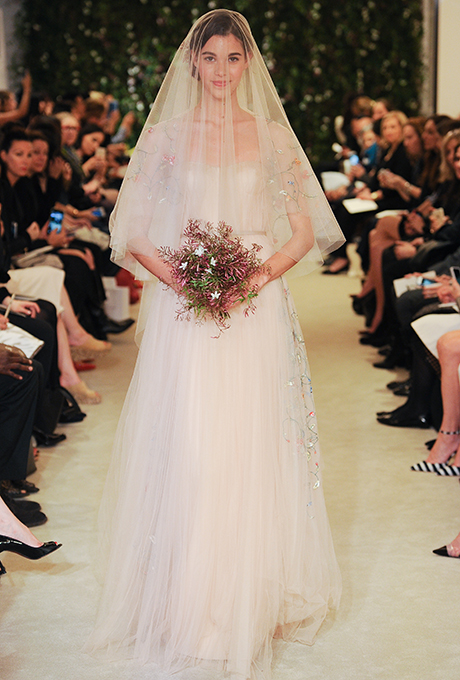 carolina-herrera-wedding-dresses-spring-2016-001.jpg