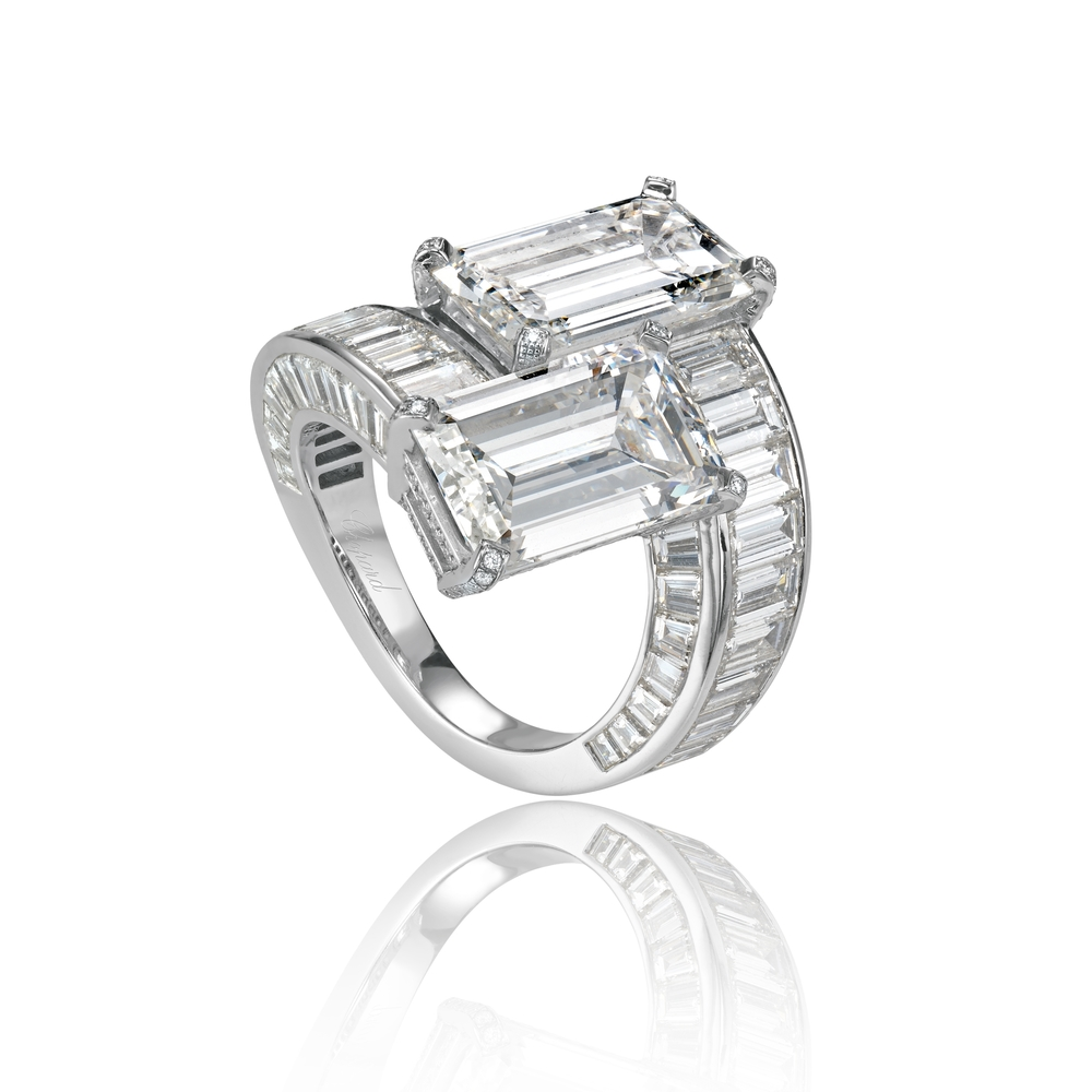825500-1626 Diamonds Ring.jpg