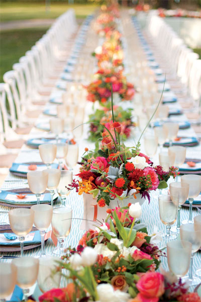 spring-wedding-ideas-table-runner.jpg
