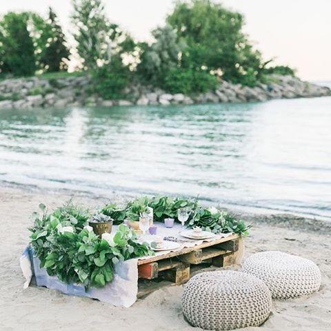Table for two, beach side. Doesn't get much better than that! #Beach #Romantic #Inspiration #WeddingInspiration #WeddingPlanning #TheBridalCoach #KissesandCake #KissesandCakeWeddings   Image: Rhythm Photography via @stylemepretty