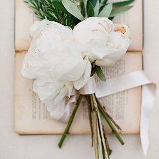 Try a unique mix of florals and herbs for your wedding bouquet. How about a mix of peony, olive leaf and rosemary? #MixedBouquet #Flowers #Inspiration #WeddingInspiration #WeddingPlanning #TheBridalCoach #KissesandCake #KissesandCakeWeddings   Image: Jemma Keech Photography, jemmakeech.com