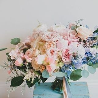 We're drawing inspiration from the subtle, diffused shades which were named the Pantone Colours of 2016, the colours named Rose Quartz and Serenity could be the perfect hues to add to your beautiful celebration. #RoseQuartz #Serenity #PantoneColours #Flowers #Bouquet #BrideToBe #WeddingInspiration #WeddingPlanning #TheBridalCoach #KissesAndCake #KissesAndCakeWeddings| Image: Photography by Katie Pritchard via greenweddingshoes.com