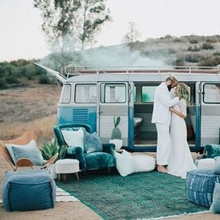 Think outside the box when deciding on your engagement shoot theme. We're inspired by this eclectic smoke bomb shoot #GreenWeddingShoes #Teal #Copper #SmokeBomb #WeddingStyling #WeddingInspiration #WeddingPlanning #TheBridalCoach #KissesAndCake #KissesAndCakeWeddings| Image: Green Wedding Shoes - shoot, designed + planned by LB Event Planning, styled + installed by Jesi Haack Design and photographed by Laura Goldenberger