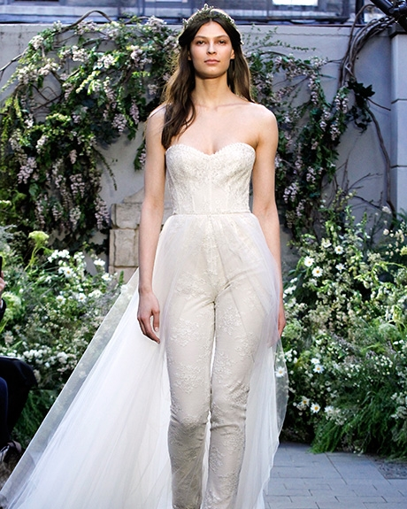 Jumpsuit  Monique Lhuillier  | Photo: Gerardo Somoza /  Indigitalimages.com
