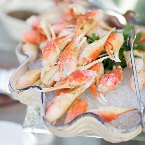 Dining inspiration #Seafood #Catering #Dining #Wedding #TheBridalCoach #KissesAndCake #KissesAndCakeWeddings #sydneybride #sydneywedding #bridalblogger #weddingblogger #inspiration | Image RG: @StyleMePretty