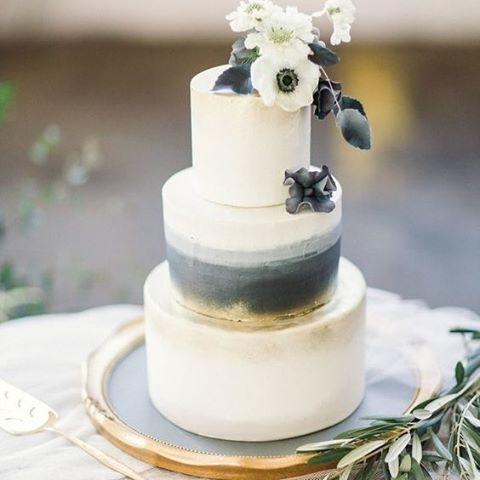 Simple, beautiful and elegant. This cake is by far one of the most interesting and creative designs we've seen of late. Spectacular for a winter affair   Image: Lauren Gabrielle Photography   #cake #weddinginspiration #bridetobe #wedding #thebridalcoach #kissesandcake #kissesandcakeweddings #sydneybride #sydneywedding #bridalblogger #weddingblogger #inspiration