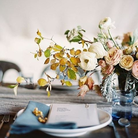 The perfect autumn wedding tablescape. We love the burnt orange leaves and soft roses along side earthly coloured fabrics | #decor #styling #event #wedding #table #designer #interior #flowers #autumn #bridetobe #planner #thebridalcoach #kissesandcakeweddings #kissesandcake | Image: once wed