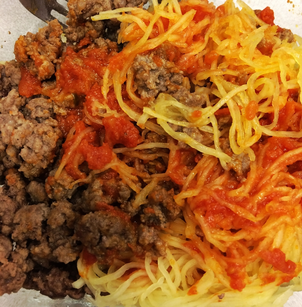 my fav way to enjoy marinara sauce: spaghetti squash & ground local beef. keep it simple